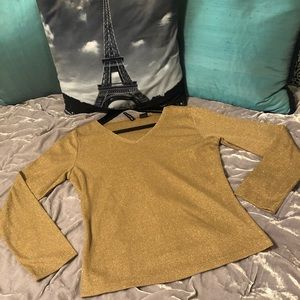 🎁3/$18🎁 Gold Jeweled detailed top